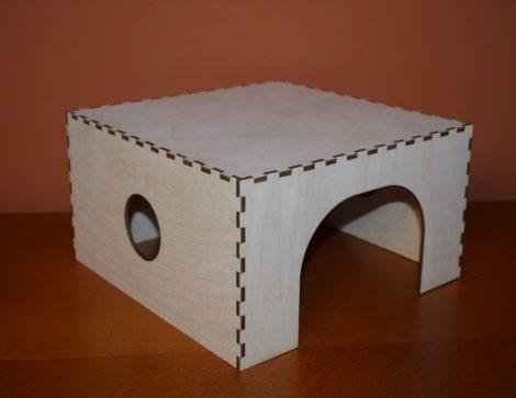 Fa ház, búvóhely/home