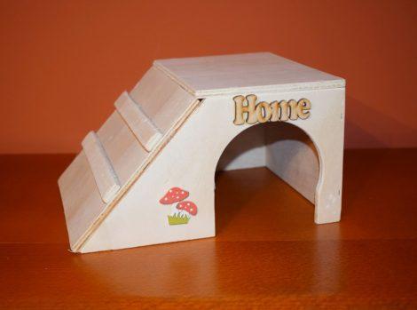 Fa kisállat ház, búvóhely tengerimalacnak/ dekor 2